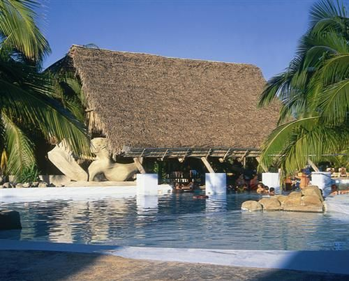 'Brisas - Santa Lucia - piscina' Check our website Cuba Travel Hotels .com often for updates.