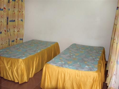 'Campismo - Dos Hermanas - habitacion' Check our website Cuba Travel Hotels .com often for updates.