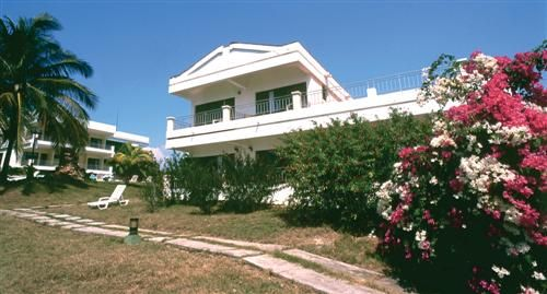 'Hotel - Faro Luna - alojamiento' Check our website Cuba Travel Hotels .com often for updates.