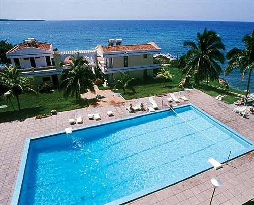 'Hotel - Faro Luna - foto aerea' Check our website Cuba Travel Hotels .com often for updates.
