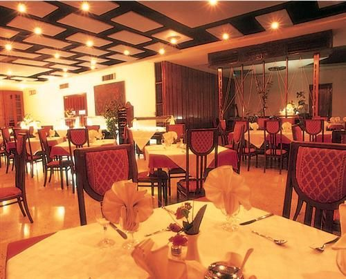 'Hotel - Versalles - restaurant' Check our website Cuba Travel Hotels .com often for updates.