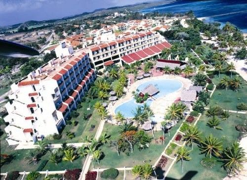 'Brisas - Guardalavaca - foto aerea 2' Check our website Cuba Travel Hotels .com often for updates.