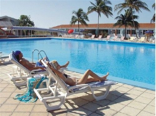 'Hotel - Ranco Luna - pool' Check our website Cuba Travel Hotels .com often for updates.