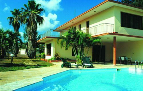 'Villa Los Pinos - vista de casa' Check our website Cuba Travel Hotels .com often for updates.