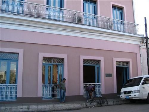 'Hostal - Mascotte - fachada' Check our website Cuba Travel Hotels .com often for updates.
