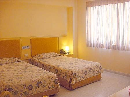 'Hotel - Saint John's - habitacion' Check our website Cuba Travel Hotels .com often for updates.