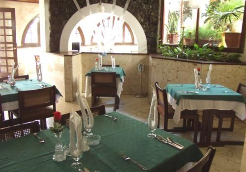 'hotel - dos mares - restaurant in facility' Check our website Cuba Travel Hotels .com often for updates.