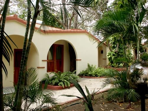 'Villa - Mayabe - alojamiento' Check our website Cuba Travel Hotels .com often for updates.