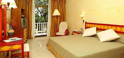 'sol rio lunas y mares room' Check our website Cuba Travel Hotels .com often for updates.