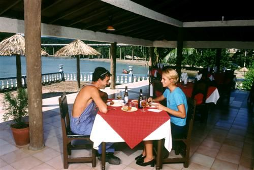 'Villa - Yaguanabo - restaurante' Check our website Cuba Travel Hotels .com often for updates.