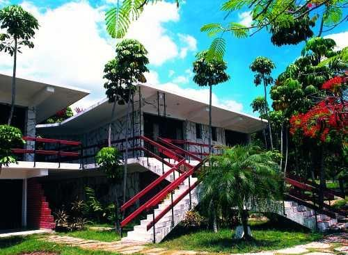 'Villa - La Lupe - fachada' Check our website Cuba Travel Hotels .com often for updates.